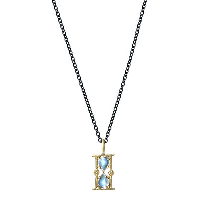 AMULET HOURGLASS CHARM NECKLACE