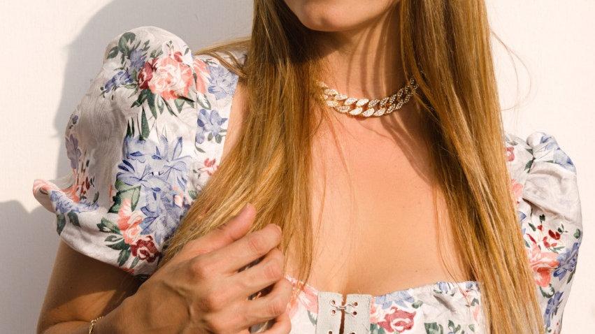 Blusa floreadatipo corset