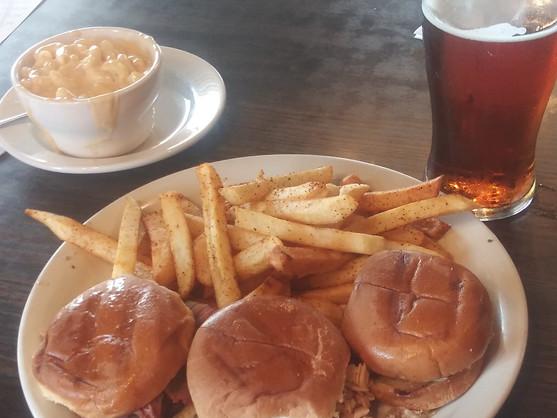 Unioni City Bar-B-Que Sliders