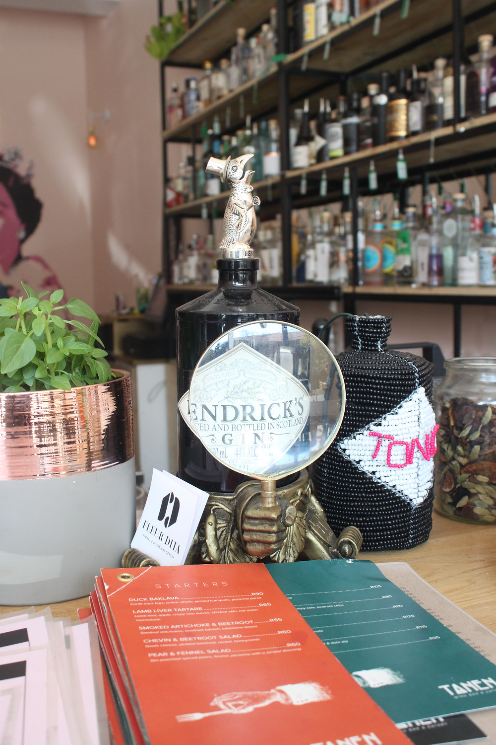 Tonic bar in Linden