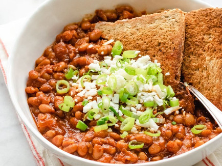 Braised white beans and toast