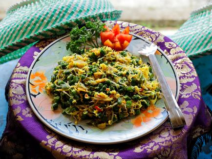 Vegetarian Sayur Urab-Balinese Mixed Vegetables