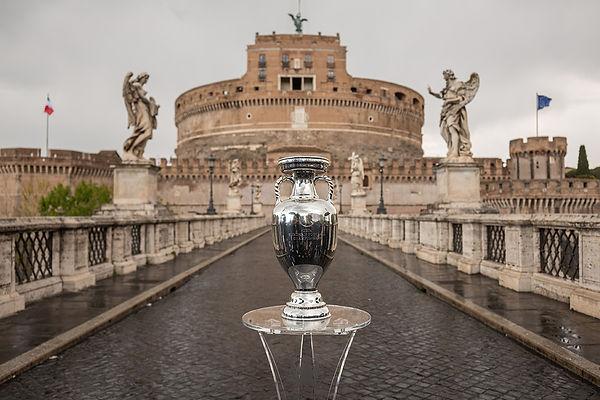 Filmmaster_UEFA EURO Trophy Tour_08.jpg