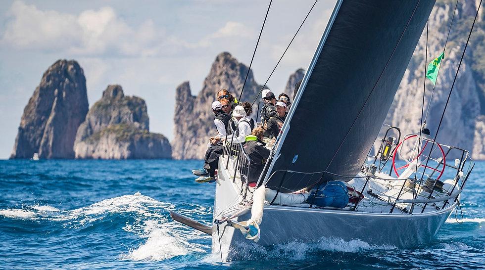 Yacht%20Club%20Capri%20-%20Il%20club_edi