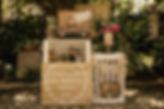 Poročna dekoracija, vintage poroke, gajbice, kovček, pozdrav za goste