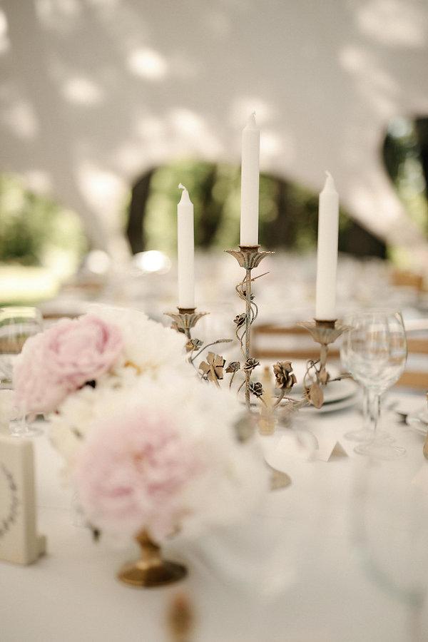 Poročna dekoracija, zlat vintage svečnik, namizna dekoracija