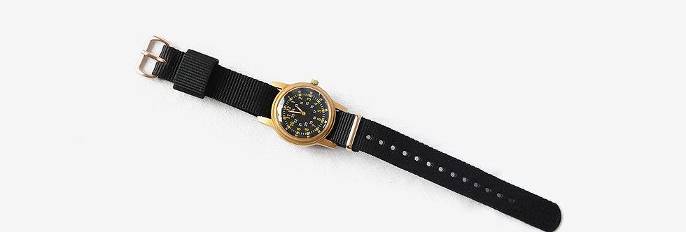復刻版美軍越戰黃銅石英腕錶