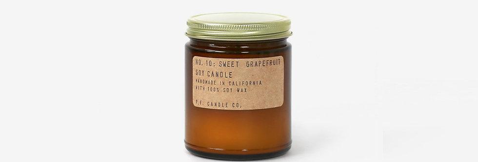 P.F. Candle Co. 香氛蠟燭 10 (葡萄柚)