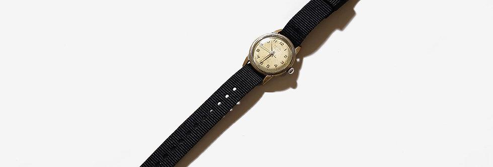 ENICAR 英納格二戰時期機械腕錶