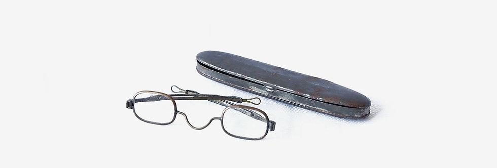 19世紀針式插糟黃銅眼鏡