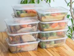 Plastic Food Containers & Trays