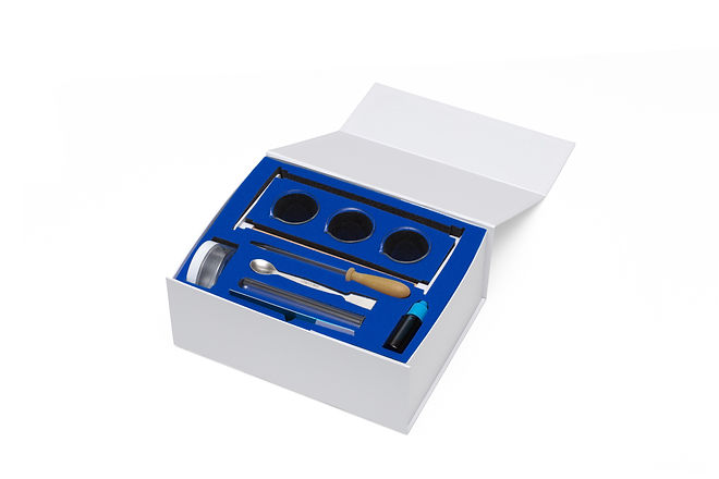 elemental-sciences-small-blue-box-open.j
