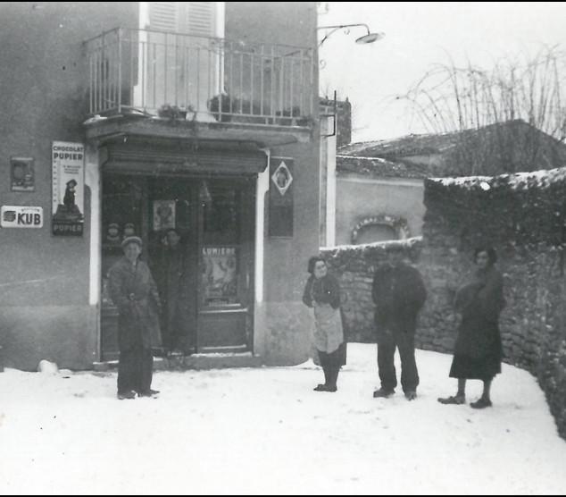 Yvan Pujolas, Farnc et HErniette Castani
