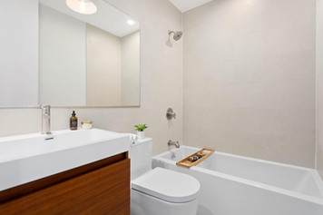 madisonbathroom2.jpg