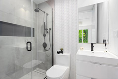 madisonbathroom1.jpg