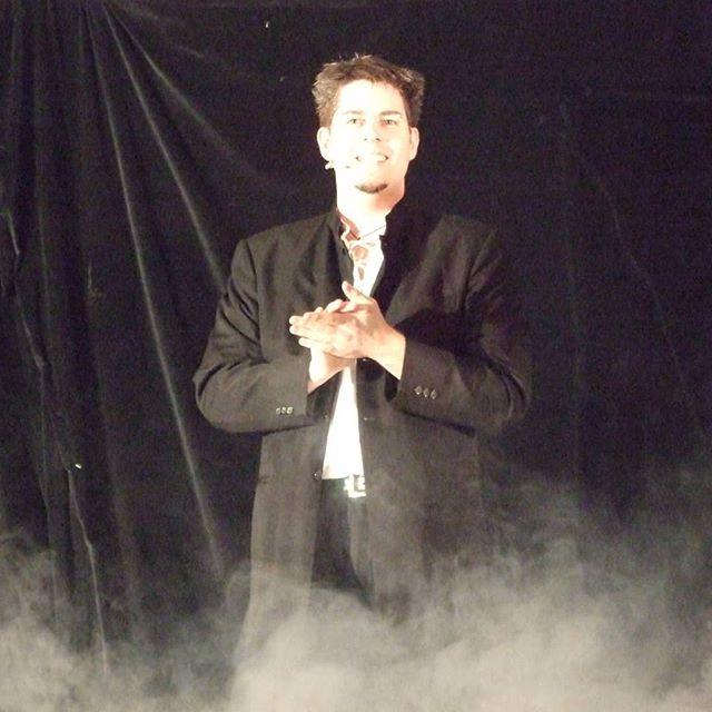 AbraXas bei der  2. #Zauberschlacht _#poetryslam meets #magicshow The inventors of #Zauberschlacht s