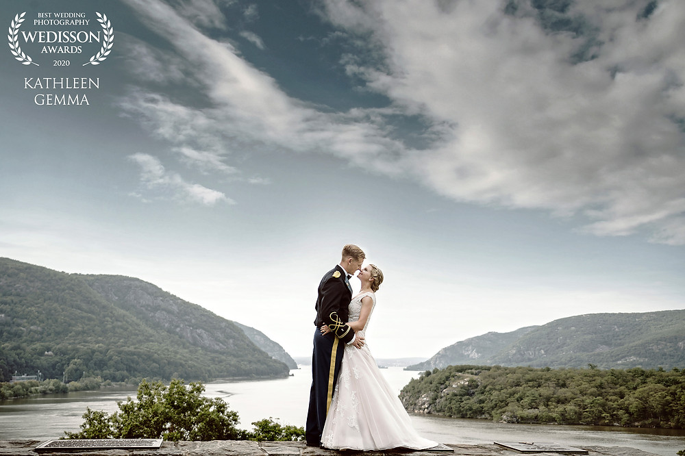 THE MOST HOLY TRINITY CATHOLIC CHAPEL_WEST POINT_MILITARY ACADEMY HUDSON VALLEY BEAUTIFUL SUMMER WEDDING DAY_KATHLEEN GEMMA PHOTOGRAPHY