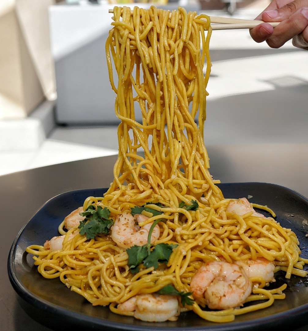 garlic noodles with shrimp.jpeg