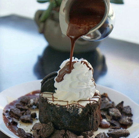 chocolate syrup pour.jpeg
