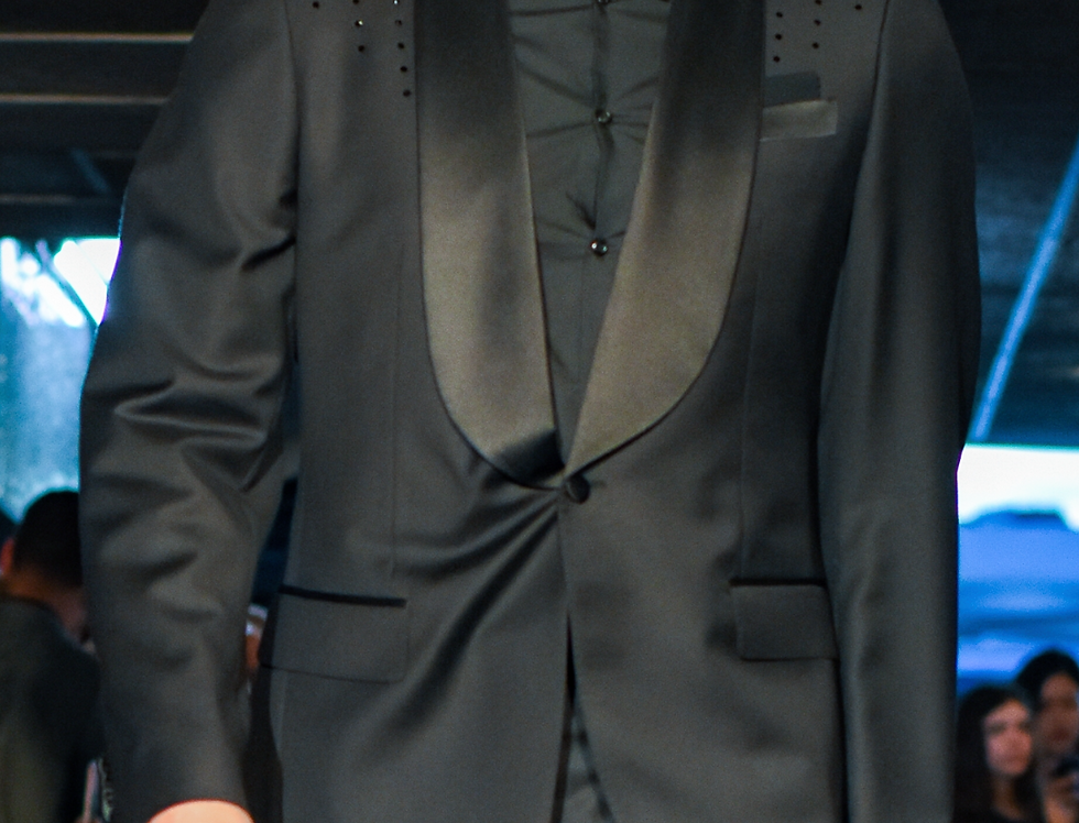 Perry Jones II Collection 2pc Jones Tuxedo