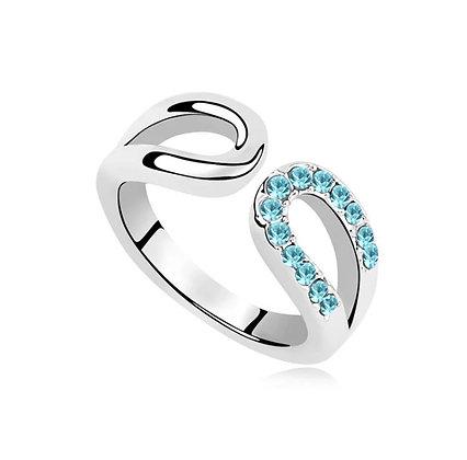 Ring Horseshoe Aquamarine Crystal