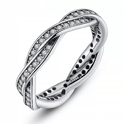 Ring Silver Twist of Fate