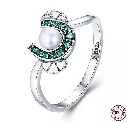 Ring Crystal Horseshoe Freshwater Pearl