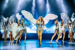 Кабаре шоу с перьями в Москве