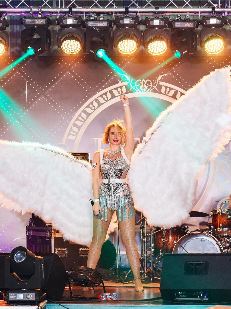 Снежные ангелы. Шоу с вокалом на Новый год