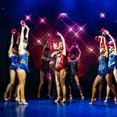 Гранд шоу-балет и певица