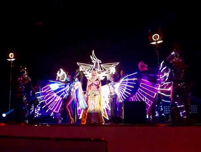 Светодиодное шоу Гранд