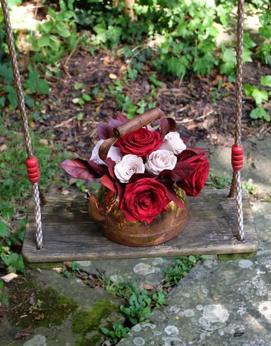 Red Eternal Rose Kettle