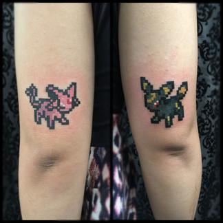 Pixel 8-bit tattoo
