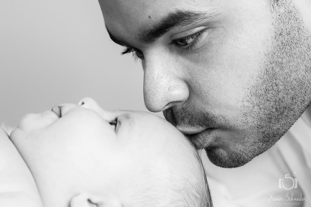 bébé et papa
