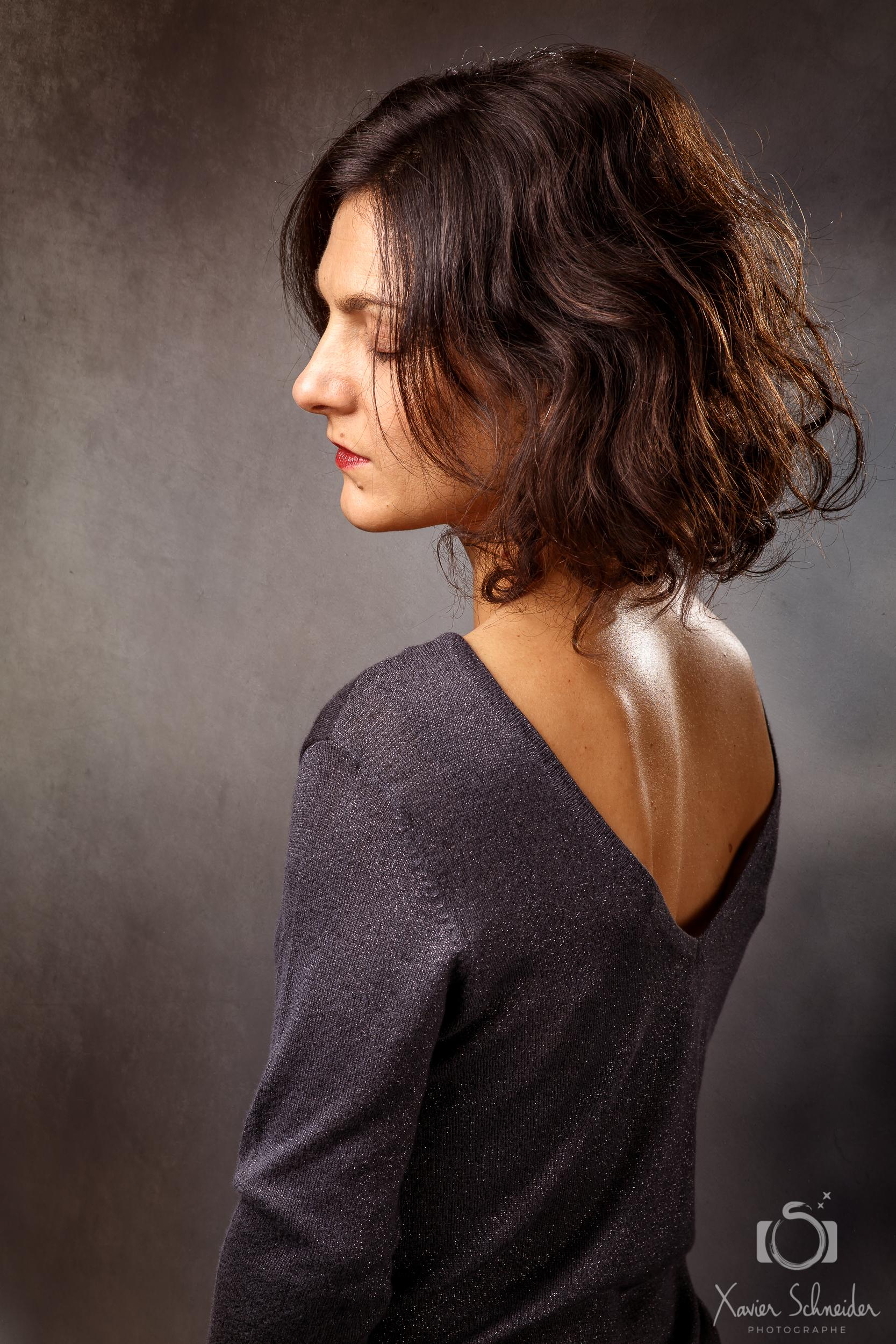 portrait femme creatif fond texturé