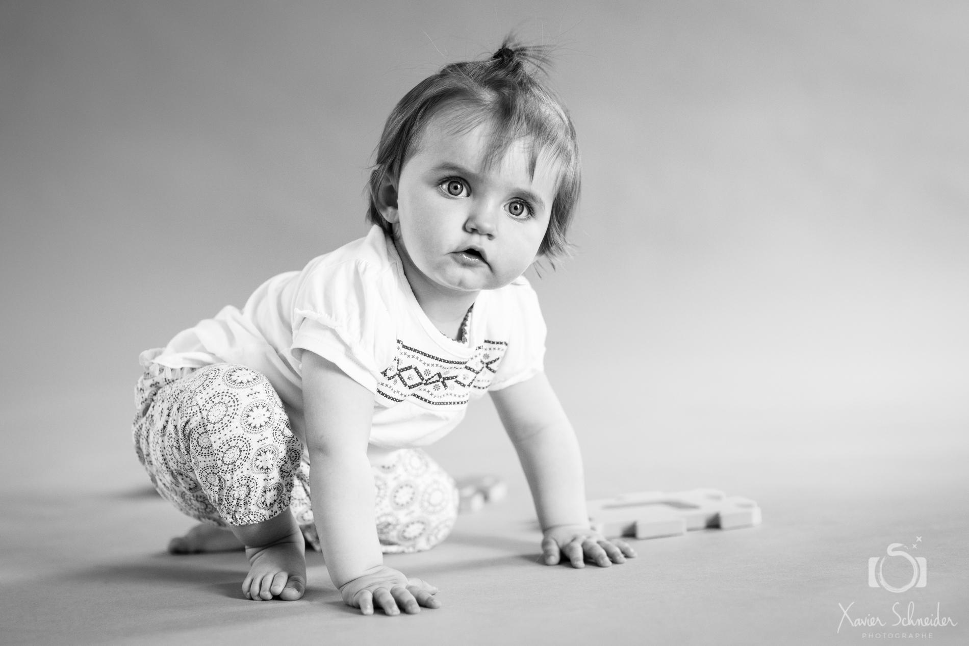 photographie noir et blanc bébé