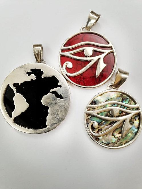Ojo de horus y mundo