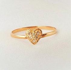 Minimal 1 corazón con piedras