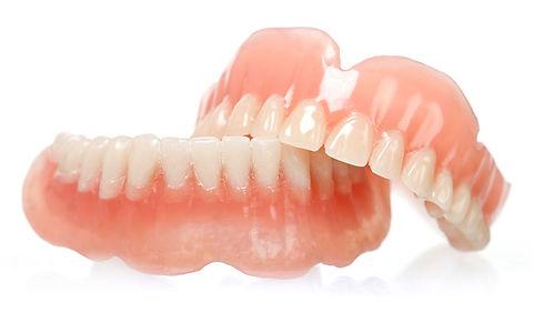 Protesis Dentales Totales 2.jpg