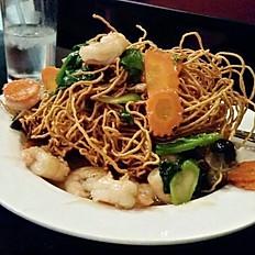 Mee Krob Rad Na (Crispy Noodles Stir-fry)