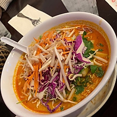 Khao Poon Chicken (Vermicelli Noodle Soup)