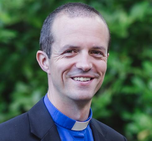 petersanlon-vicar-1.png