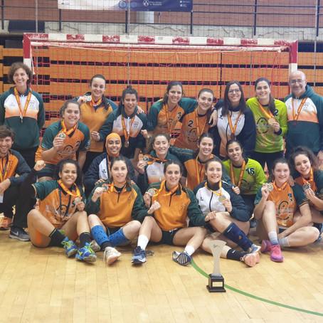 Las selecciones de balonmano de la UV se proclaman subcampeonas de España