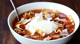 2013-01-14-lasagna-soup-586x322.jpg