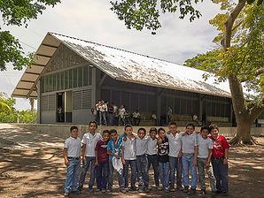 04 Escuelita Buganvilia_Group Students_p