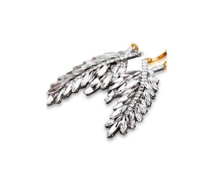 Snow White Leaf Earrings