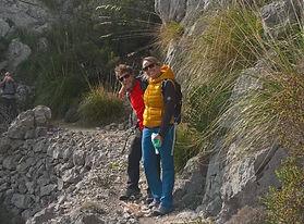 Wandern auf dem attraktiven Panoramaweg rund um den unbetretenen Puig Caragoler in Lluc