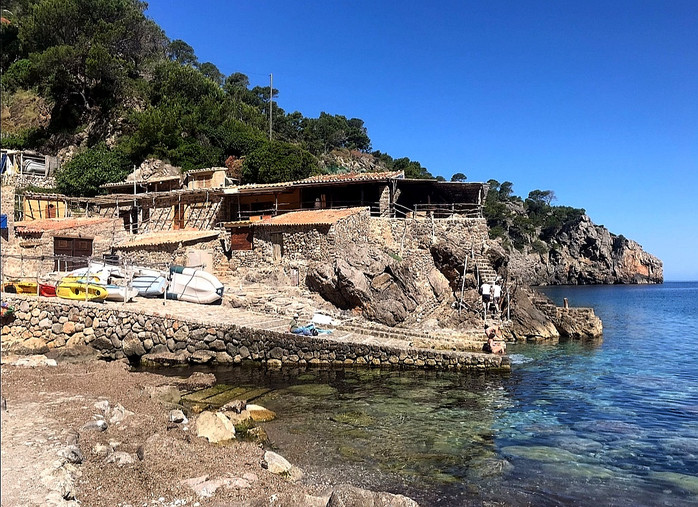 Cala Deia mit Mallorca Muntanya
