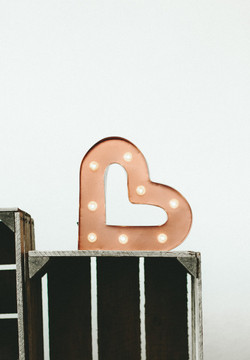 COPPER MARQUEE HEART