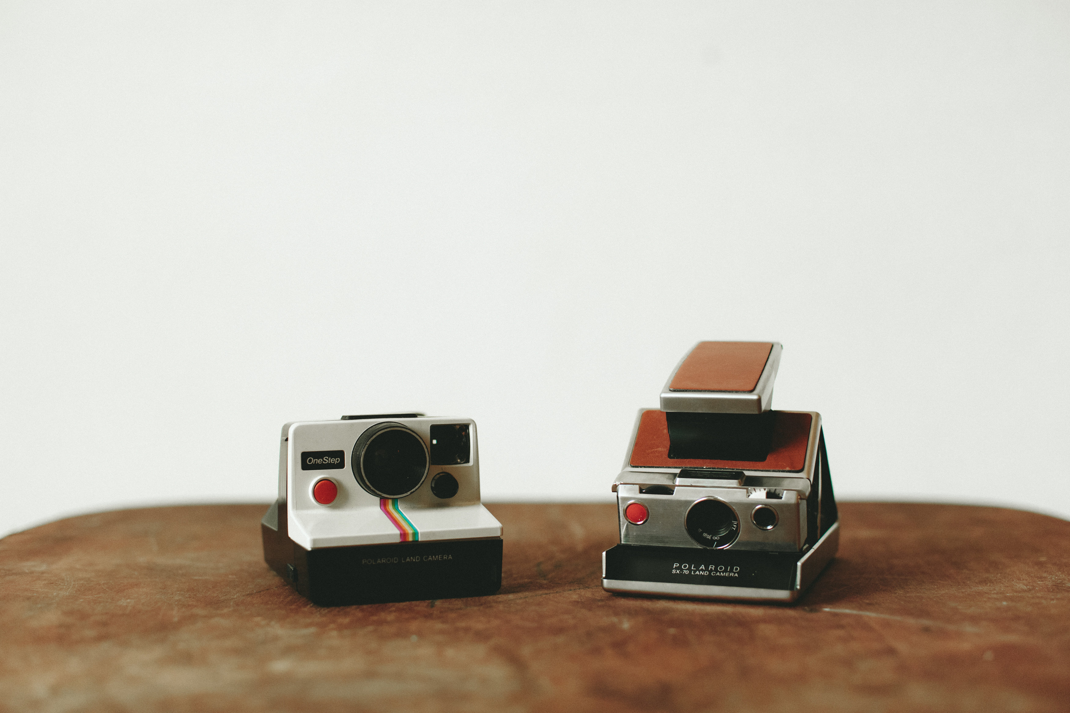 WORKING POLAROID CAMERAS